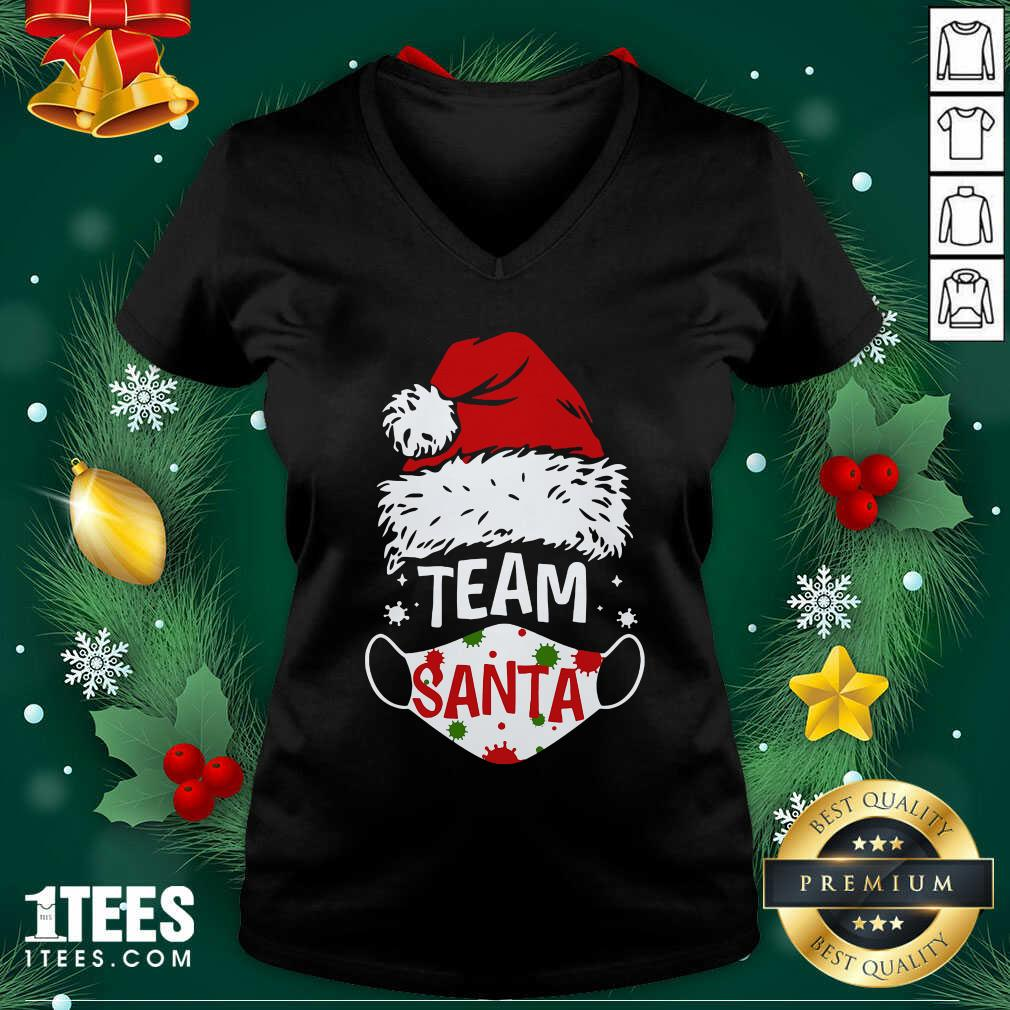 Team Santa Face Mask Christmas 2020 Cost V-neck- Design By 1Tees.comGood Team Santa Face Mask Christmas 2020 Cost V-neck