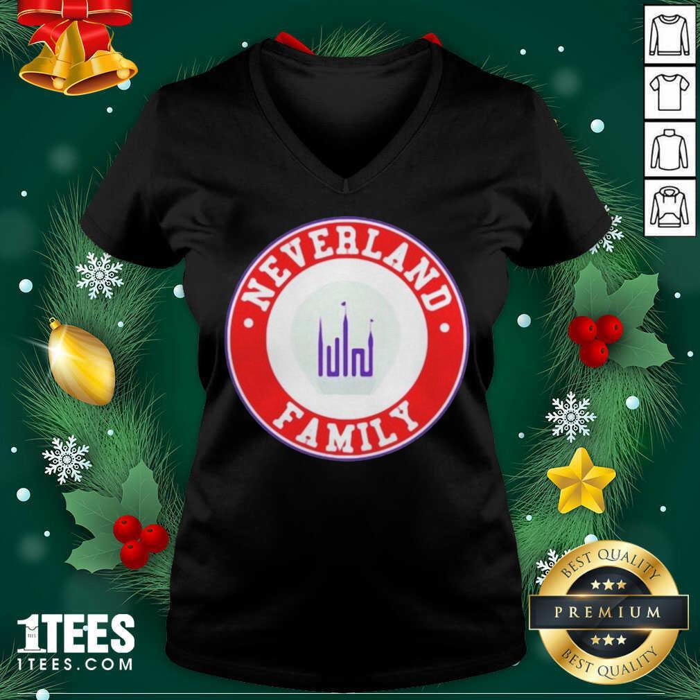 Gidle Neverland Family Logo Emblem V-neck- Design By 1Tees.com