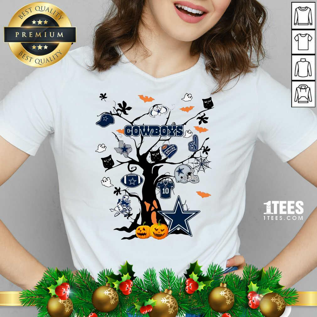 Dallas Cowboys And Ghost On Tree V-neck- Design By 1Tees.com