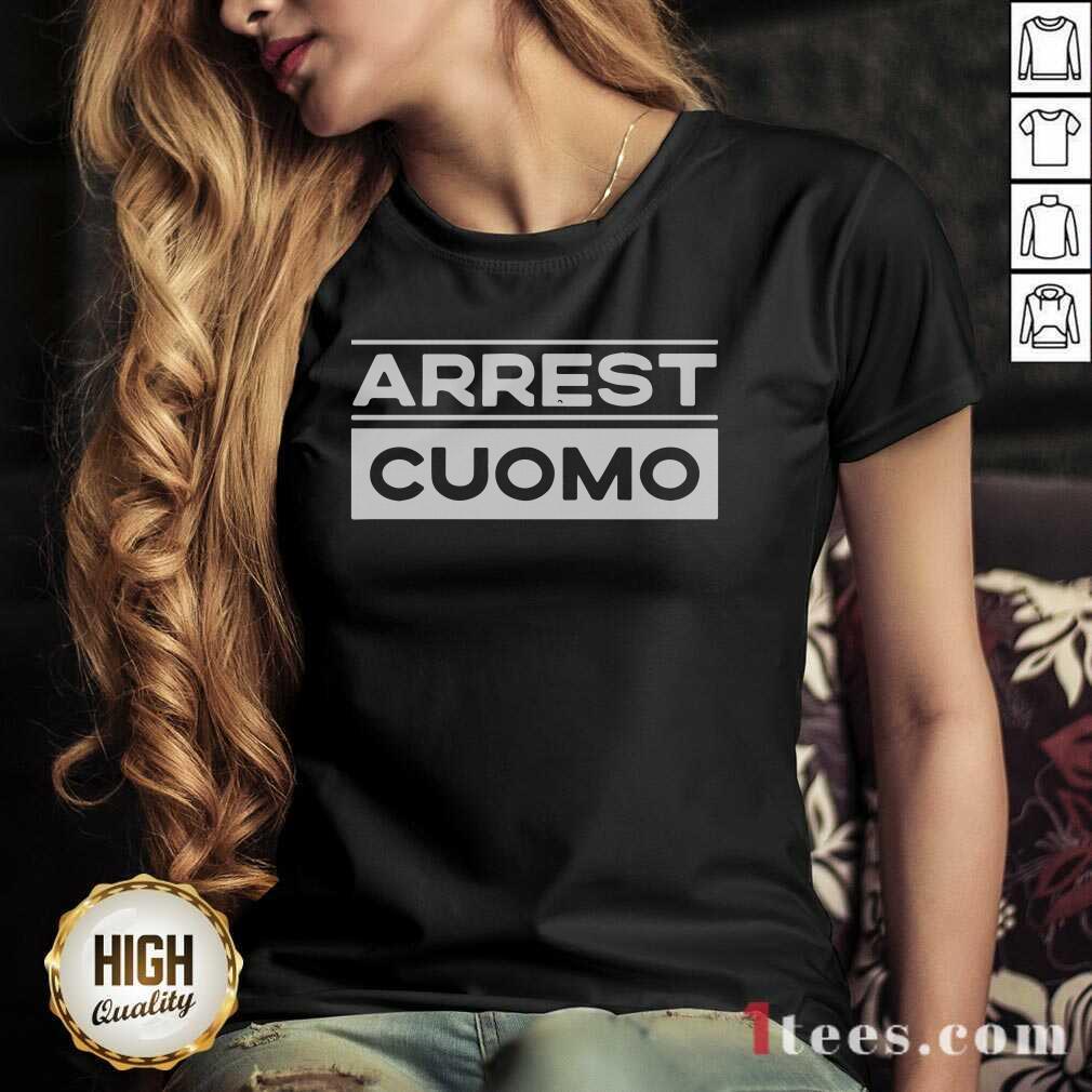 Anti Cuomo Arrest Cuomo V-neck