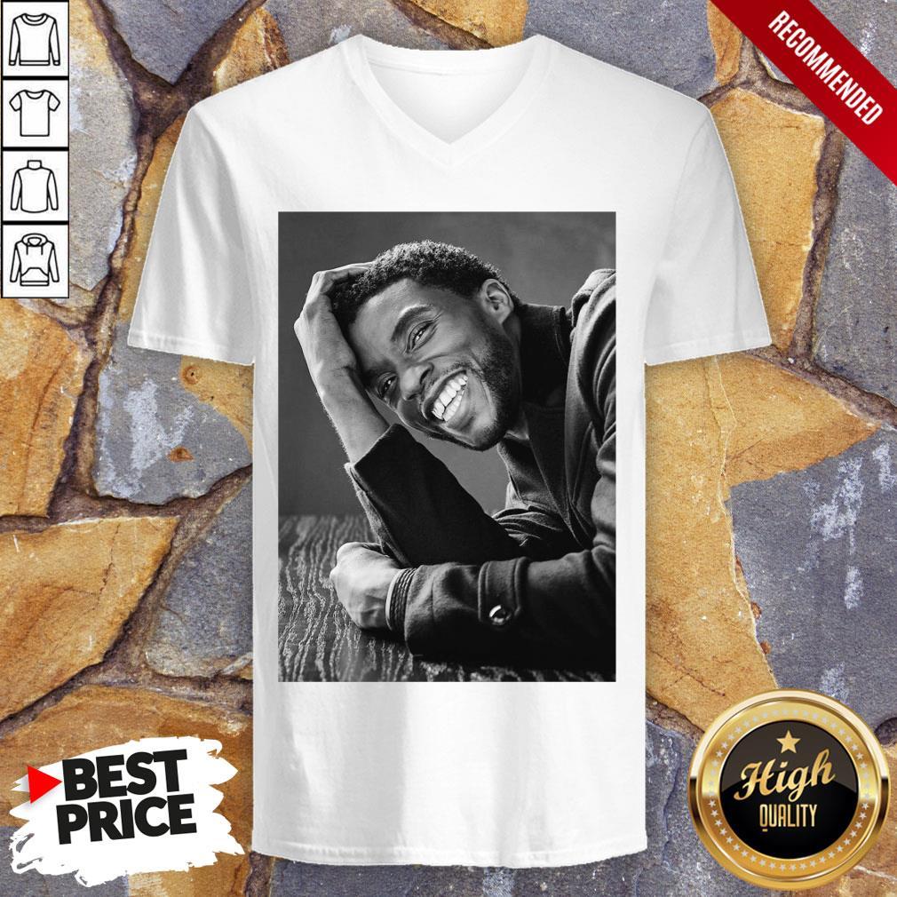Official RIP Black Panther's Chadwick Boseman V-neck