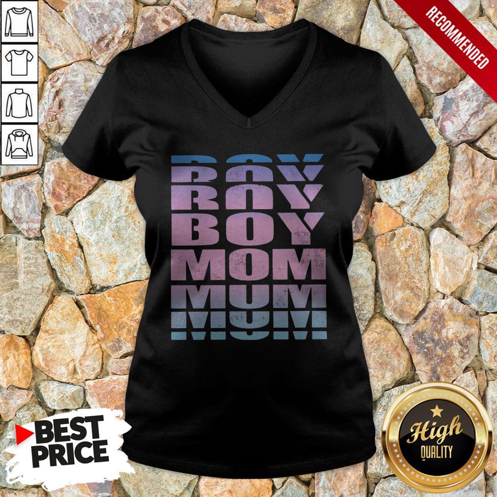 Good Boy Mom V-neck