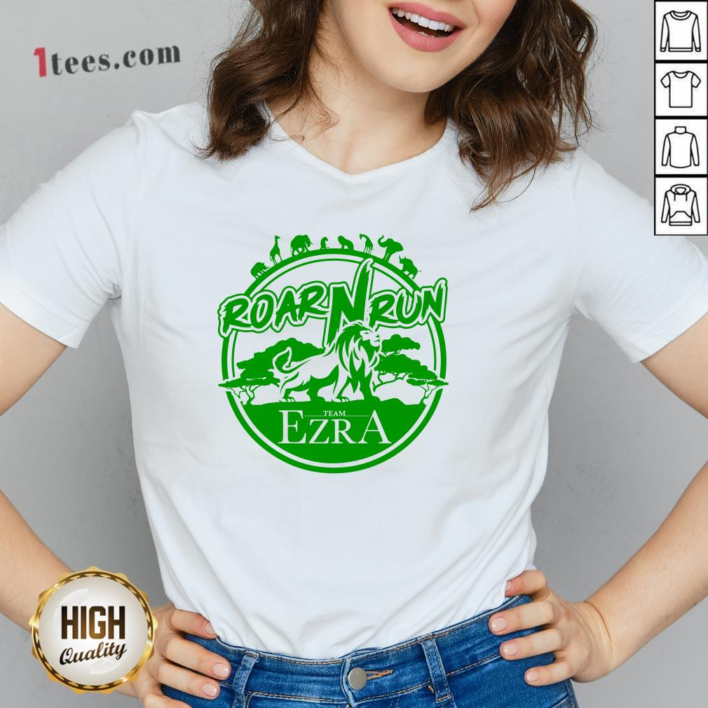 Hot Roar Run team Ezra V-neck