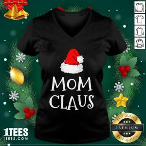 Hot Mom Claus Christmas Hat V-neck - Design By 1tee.com
