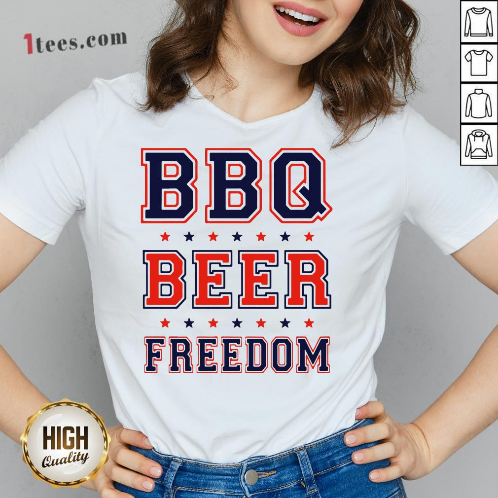 Nice Bbq beer Freedom V-neck Design By T-shirtbear.com