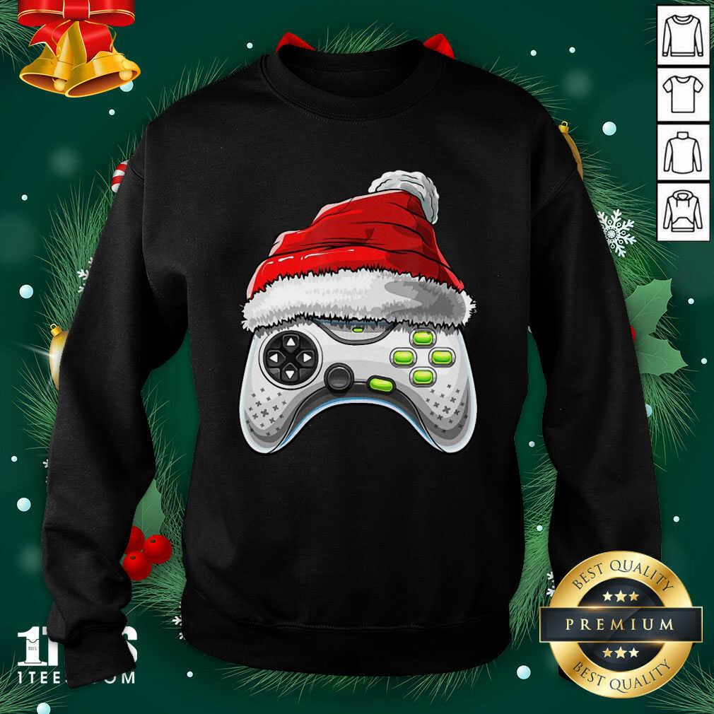 Video Game Controller Santa Hat Christmas Sweatshirt- Design By 1Tees.com