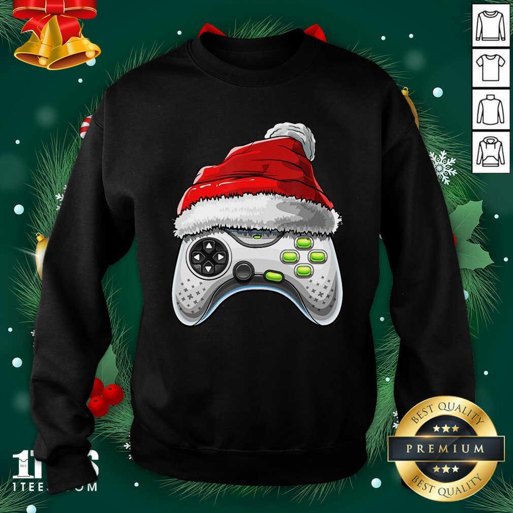Video Game Controller Santa Hat Christmas Sweatshirt- Design By 1Tees.com
