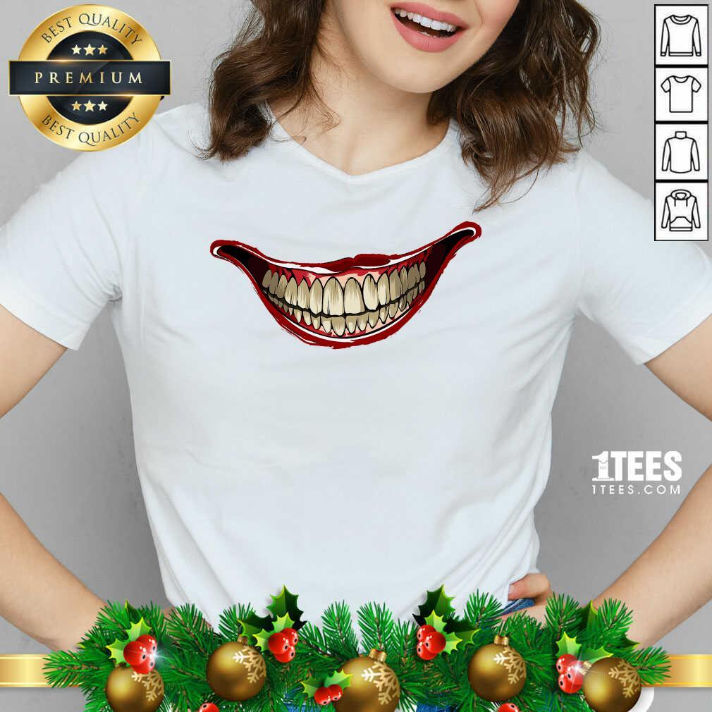 Joker Laugh 2020 V-neck- Design By 1tees.com