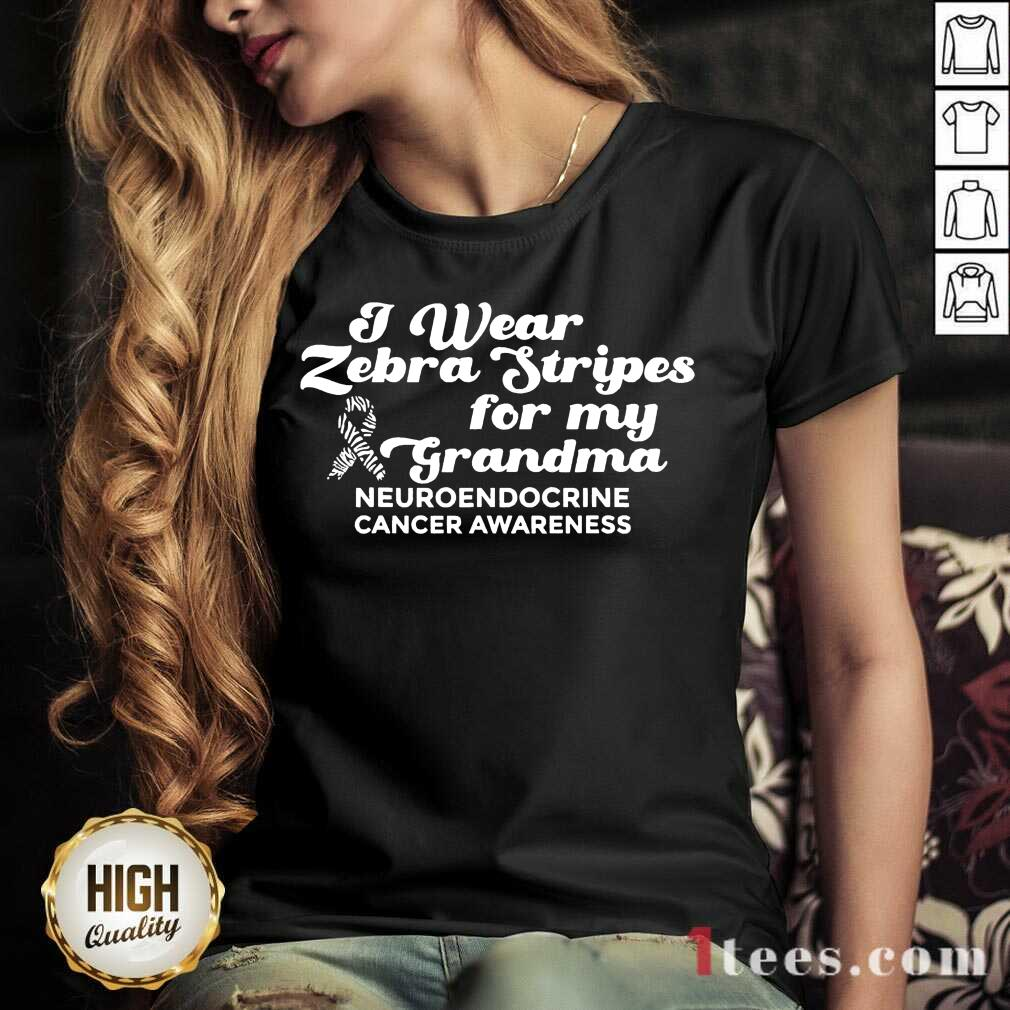 I Weat Zebra Stripes Dor My Grandma Neuroendocrine Cancer Awareness Survivor Warrior V-neck- Design By 1Tees.com