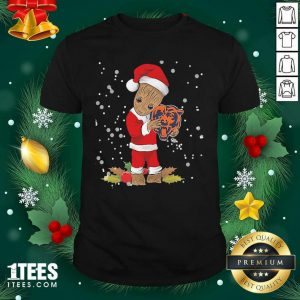 Santa Baby Groot Hug Chicago Bears Christmas Shirt- Design By 1tees.com