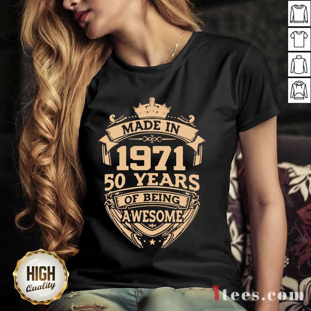 Confident Made In 1971 50 Years Of Being V-neck