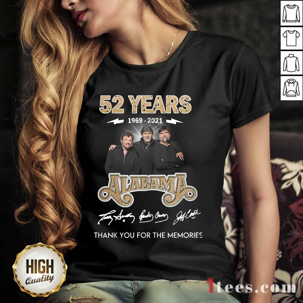 Official 52 Years 1969 2021 Alabama Great V-neck