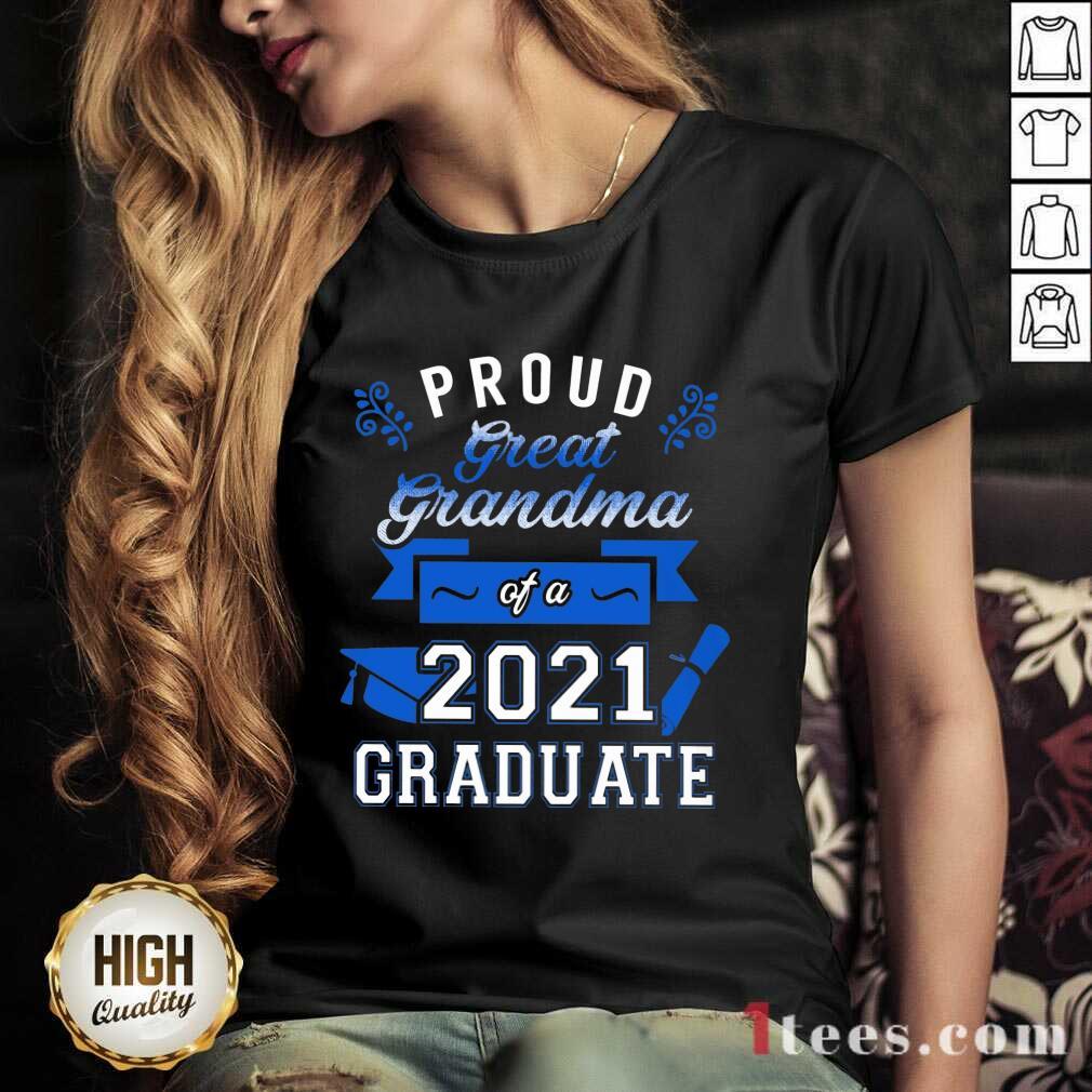 Terrific Proud Grandma 2021 Graduate Blue V-neck