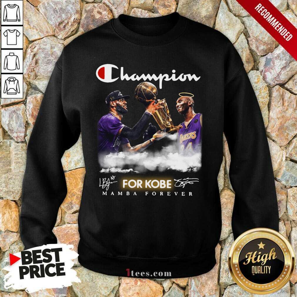 Top Champion Kobe Bryant Vs LeBron James 4 Sweatshirt