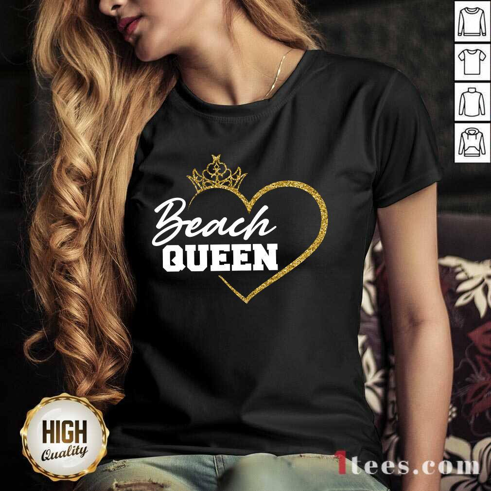 Beach Queen V-neck