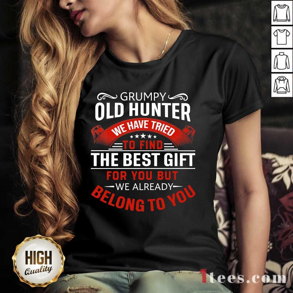 Grumpy Old Hunter The Best Gift V-neck